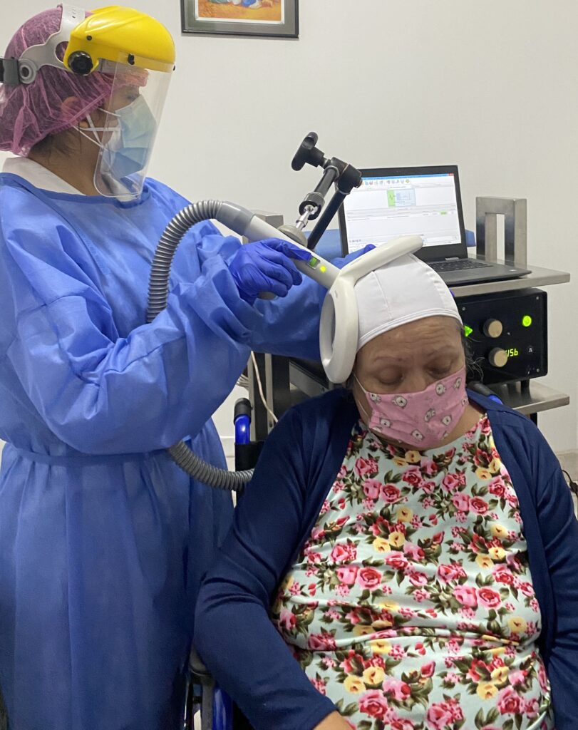 estimulación magnética transcraneal